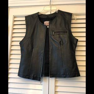 Black leather zipper vest; M